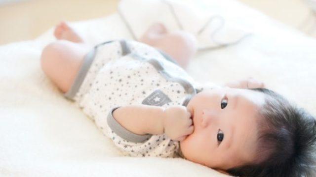 赤ちゃんにパジャマは必要?